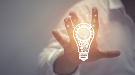Ideen Glühbirne Hand